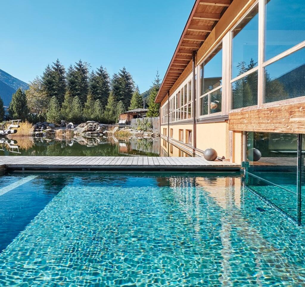 Südtirol: 5*Luxus - 2 Nächte im Arosea Life Balance - Doppelzimmer inkl. Frühstück & 6-Gang-Dinners, 60€-Wellness-Gutschein / gratis Storno