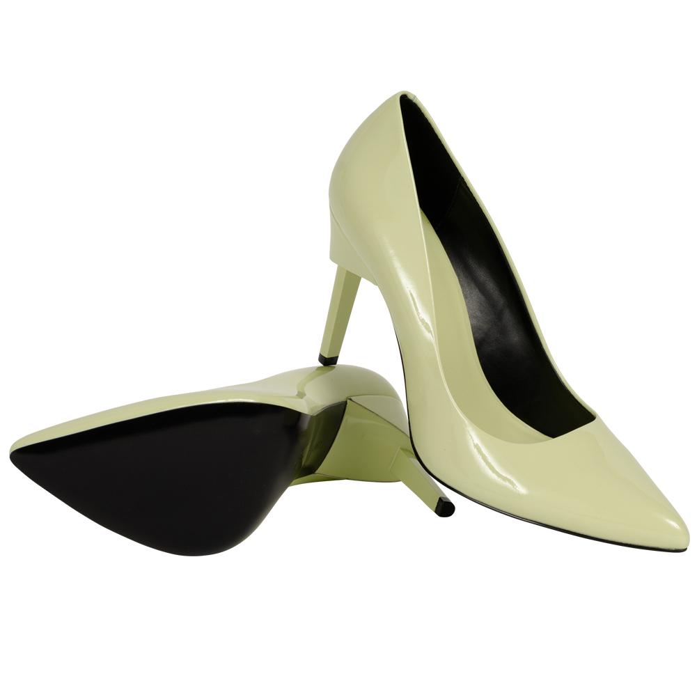Calvin Klein Damen Pumps Princess Patent für 19,19€ + 3,95€ VSK (Größe 36 - 39) [SportSpar]