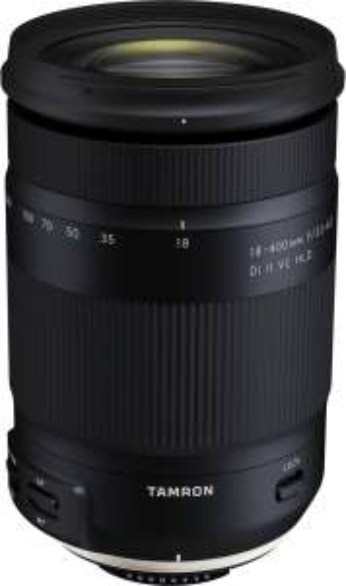 Tamron 18-400 mm F3.5-6.3 Di II VC HLD Objektiv für Nikon F-Mount // Canon EF-Mount für 396,99€ (APS-C)