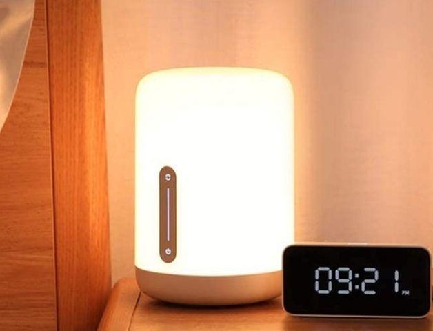 Xiaomi Mi Smart Bedside Lamp 2, dimmbar, 16 Mio Farben, iOS/Android App, Amazon Alexa, Google Assistant, Apple HomeKit
