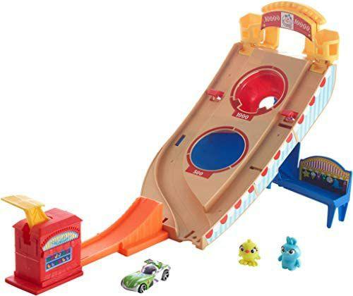 Hot Wheels GCP24 - Disney Pixar Toy Story 4 Buzz Lightyear Spielset, Abschussrampe mit Skeeball Plattform, ab 4 J. [Amazon Prime]