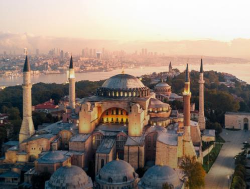 Flüge: Istanbul / Türkei (April-Mai) Nonstop Hin- und Rückflug mit Anadolu Jet von Hamburg für 58€ inkl. Gepäck