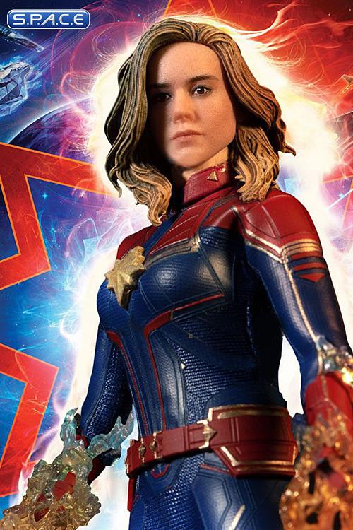 MEZCOToyz - Captain Marvel - 1/12 Scale für 66€ zzgl. Versand