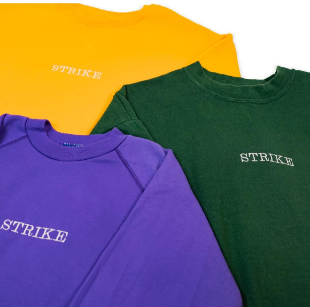 [Second Hand]Strike Sweater gegen Versandkosten