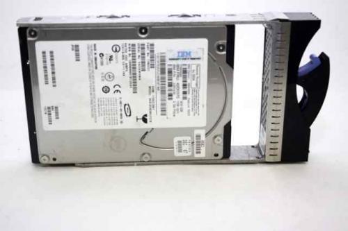 Festplatte: IBM 300GB FibreChannel 10.000 RPM 3,5 Zoll für nur 15,- EUR + 3,- EUR Versand! [Vom Hersteller generalüberholt]