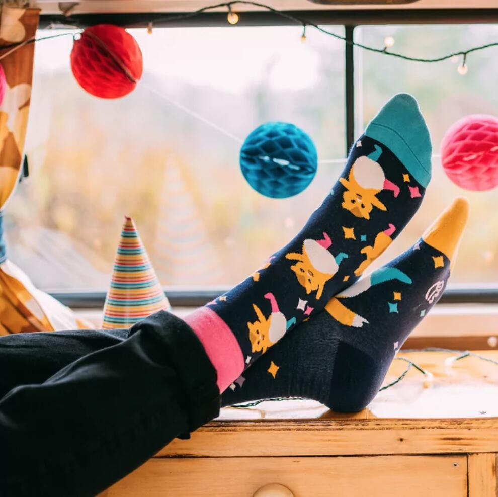 Dedoles Sale + Gutschein auf Socken & Co. - 31 % Rabatt (auch auf Sale) + kostenloser Versand (25 € MBW)