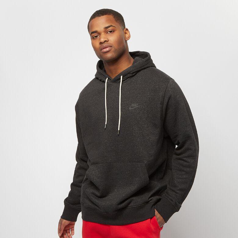 30% Rabatt auf Sale: z.B. Nike Sportswear Hoodie (Gr. XS - XXL) oder Sweatshirt (Gr. XS - XL) für je 31,99€ inkl. Versand