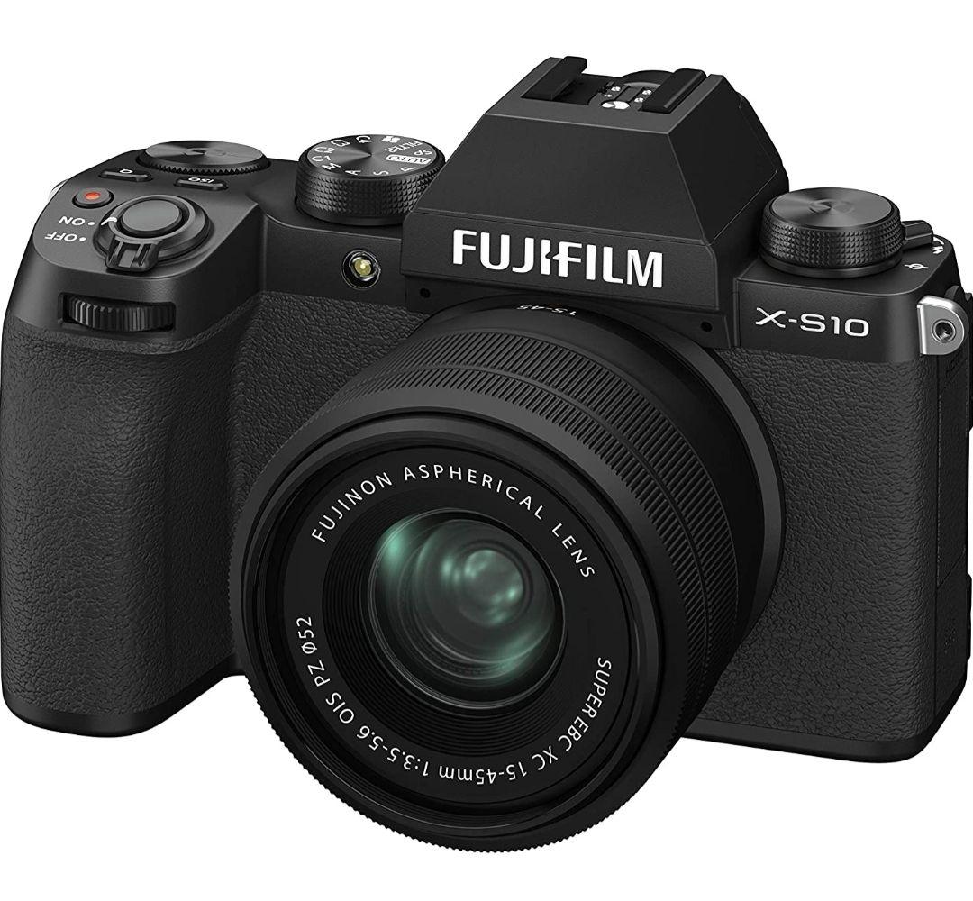 Fujifilm X-S10 Schwarz + XC 18-45
