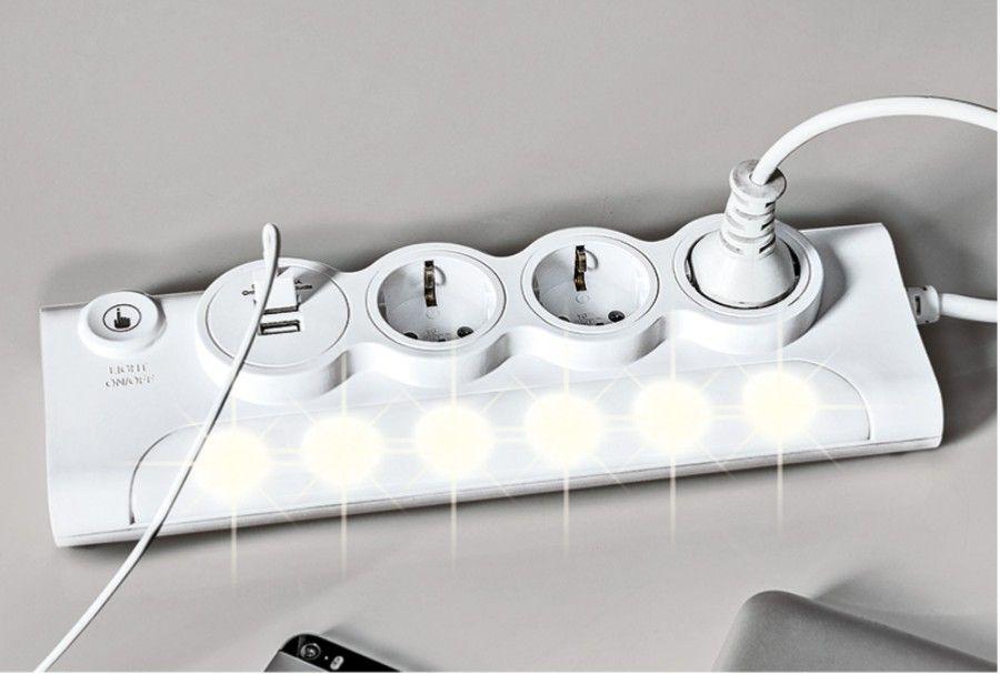 Steckdosenleiste mit 2 USB Anschlüssen und 6 Facher LED Beleuchtung