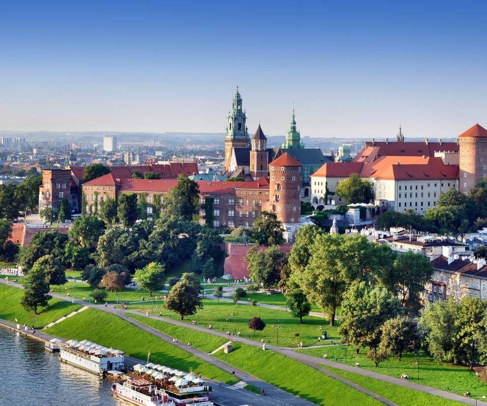 Flüge: Krakau / Polen (Juni-Juli) Nonstop Hin- und Rückflug mit Ryanair von Dortmund ab 14€