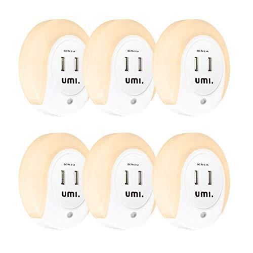 Umi. by Amazon Rundes LED-Nachtlicht für die Steckdose mit Dämmerungssensor und zwei USB-Ladeanschlüssen