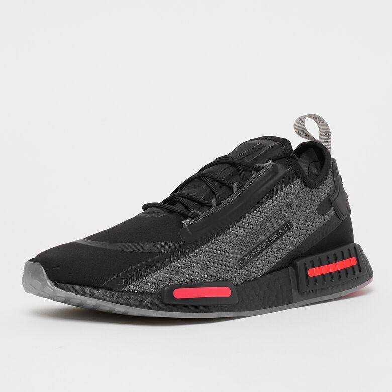 [Snipes] Adidas NMD_R1 Spectoo in schwarz (Gr. 42-47) und weiß (Gr. 41-46)