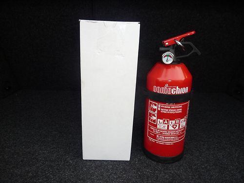 1 kg Feuerlöscher von OGNIOCHRON mit Manometer für nur 7,99 EUR + 4,80 EUR Versand