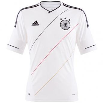 DFB Trikot weiß 2012 M, L, XL für 14,95€, mit div. Beflockungen 19,95€ bei Fan&More