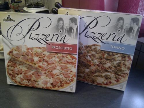 Aldi (Nord) - geclonte Ristorante Pizza unter anderem Namen im Programm?  2 Stück 2,49 Euro