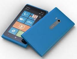 Nokia Lumia 900 cyan bei Amazon WHD