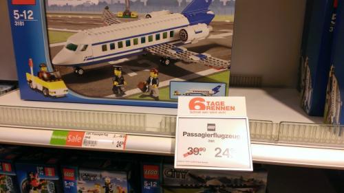 LEGO City Passagierflugzeug 3181 bei GALERIA-KAUFHOF - Lokal & Online