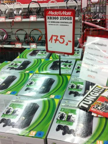 [Lokal, Landsberg am Lech] XBOX 250GB+2Controller+Batman Arkham City+Darksiders 2