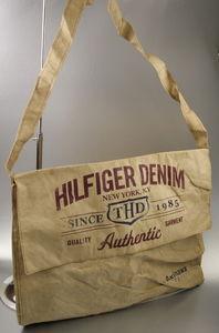 Tommy Hilfiger Denim Messenger Bag Umhängetasche für 9,99 € + 2,90 € Versand
