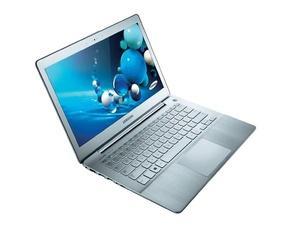 (Offline MM-Bundesweit) Samsung 730U3E-S03 33,8 cm (13,3 Zoll Full-HD (matt)) Notebook (Ultrabook) (1049-200 € GS von MM) = 849 € (13,3 %) gegenüber Geizhals bzw. sogar 799 € (17,5 % billiger) durch Amazonpreis.