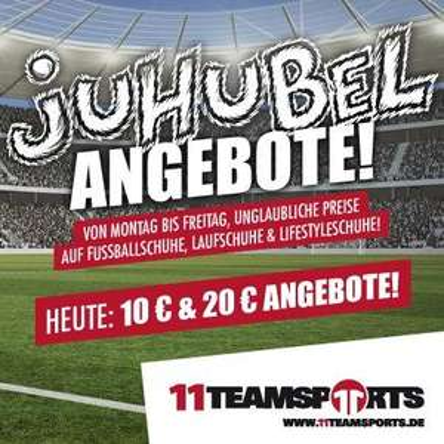 Fußballschuhe / Sneaker für 10€ / 20€ bei 11teamsports.de