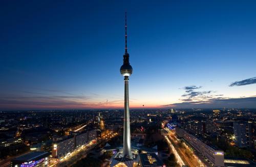 Hotel Errror Rate: 14 Tage 4* NH Berlin Alexanderplatz 190,- € gesamt (Juli)
