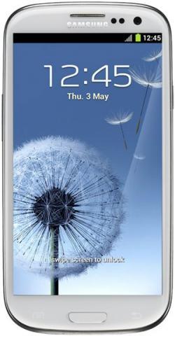 Samsung Galaxy S3 bei Base für 333,-