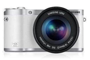 Systemkamera Samsung NX300 mit Objektiv
