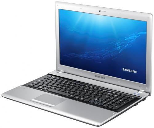 """15,6"""" Notebook Samsung RV511, Windows 7 Home Premium 64bit nur 449 €"""