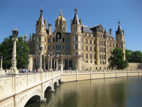 kostenloser Eintritt in das Schweriner Schloss heute bis 17 Uhr