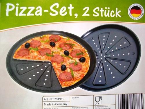 Zwei 28cm Pizzabackbleche für 1.89€ + 6.90€ Vsk