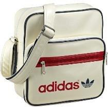 Adidas Damen Schultertasche Adicolor Sir für 22,22 € @ DC