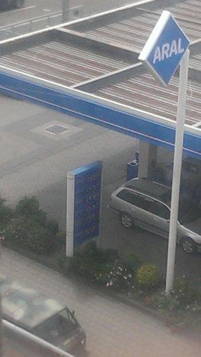Super Benzin 1,49 Aral (lokal Fürth)
