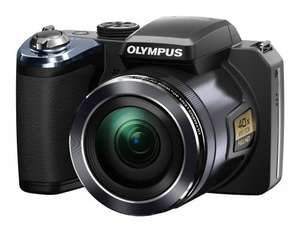 Olympus SP-820 UZ Digitalkamera (14 Megapixel, 40-fach opt. Zoom, 7,6 cm (3 Zoll) LCD-Display) inkl. Batterien schwarz für ca. 200 € [Amazon.uk]
