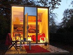2ÜF Berlin im Scube Park (bekannt aus TV) - zentrale Lage, DIE Hotel-Alternative bei eBay für 59,00 Euro