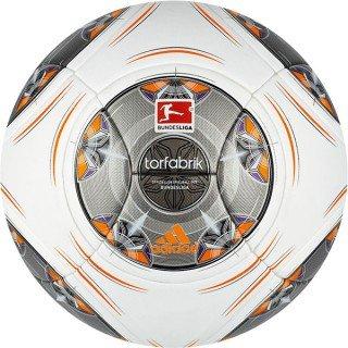 adidas Torfabrik (offizieller Bundesliga-Spielball) 2013/14
