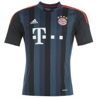 sportsdirect.com   FC Bayern München Champions League Trikot 2013/2014