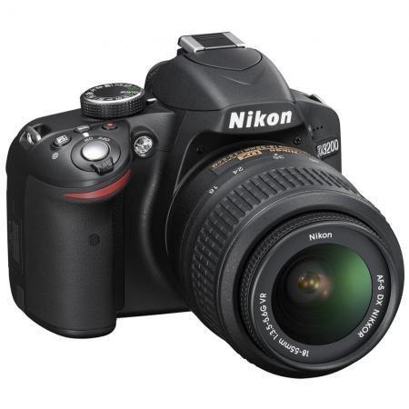 Nikon D3200 Kit AF-S DX 18-55 VR,  24.2 Megapixel