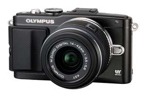 OLYMPUS Pen Lite E-PL5 + Zoom Objektiv 14-42mm II R Kit Schwarz für 525€ @Amazon.uk