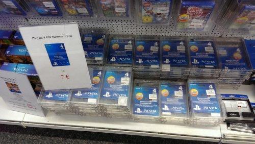 [Saturn Hagen] PS Vita Speicherkarten, Spiele, Zubehör - z.B. 4GB für 7€