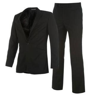 Slim Fit Anzug für 28,99€ inkl. Versand bei sportsdirect