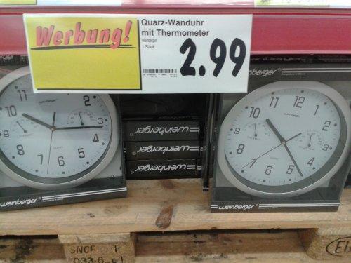 Quarz Wanduhr mit Hygro- und Thermometer von Weinberger im Kaufland Düsseldorf [ ws lokal ]
