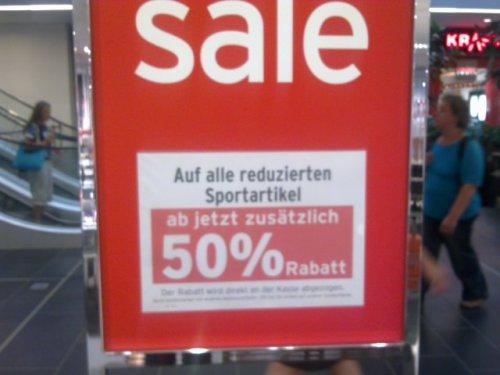 """""""Lokal?"""" 50% auf alle reduzierten Sportartikel bei Karstadt,offline"""