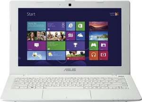 Asus F200CA-KX090H / weiss / Win8 / 1007U 1,5GHz / 2GB RAM / 320GB / 246,- Euro bei Amazon
