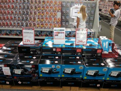 """Media Markt Berlin """"Alexa"""" Wii U Premium Bundle für 244 € und Bundle mit Zombie U 274 €"""