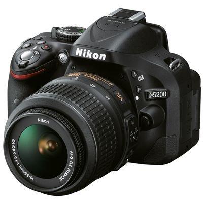 Nikon D5200 SLR-Digitalkamera Kit inkl. AF-S DX 18-55 mm VR Objektiv [Versandkostenfrei]