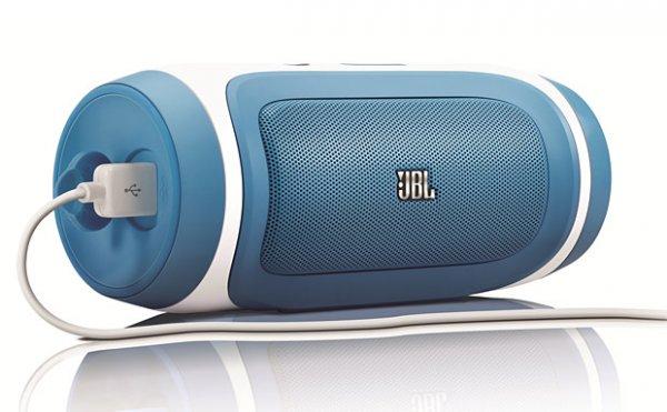 JBL Charge Blau MM Online