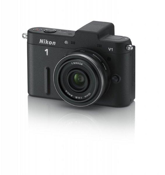 Nikon 1 V1 mit 10mm Pancake Objektiv für 339,- bei Amazon