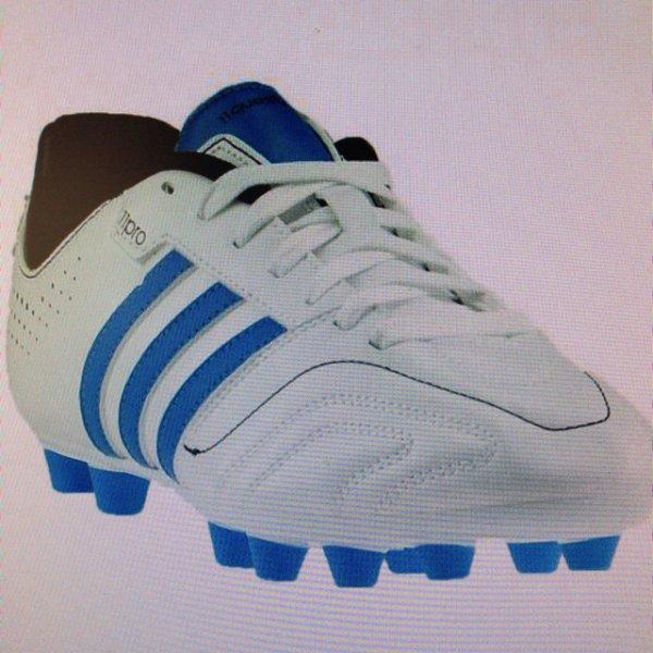 Adidas 11Questra Fußballschuhe - für 25,82€ mit Gutscheincode 7PROZENT