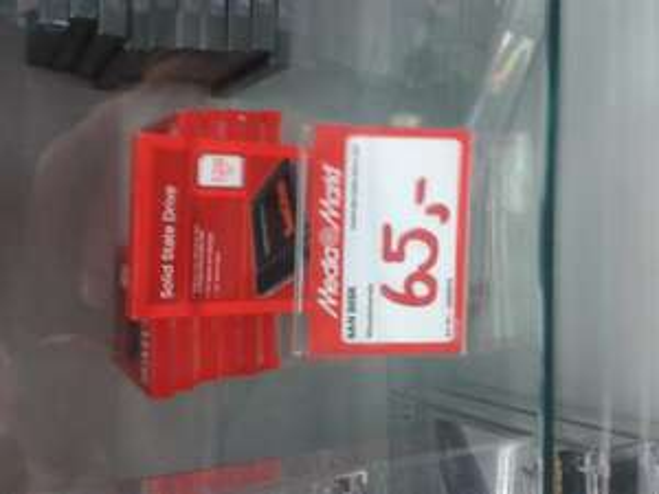 Sandisk 128 GB ssd wieder für 65€ lokal: Media Markt Bochum (Ruhrpark)